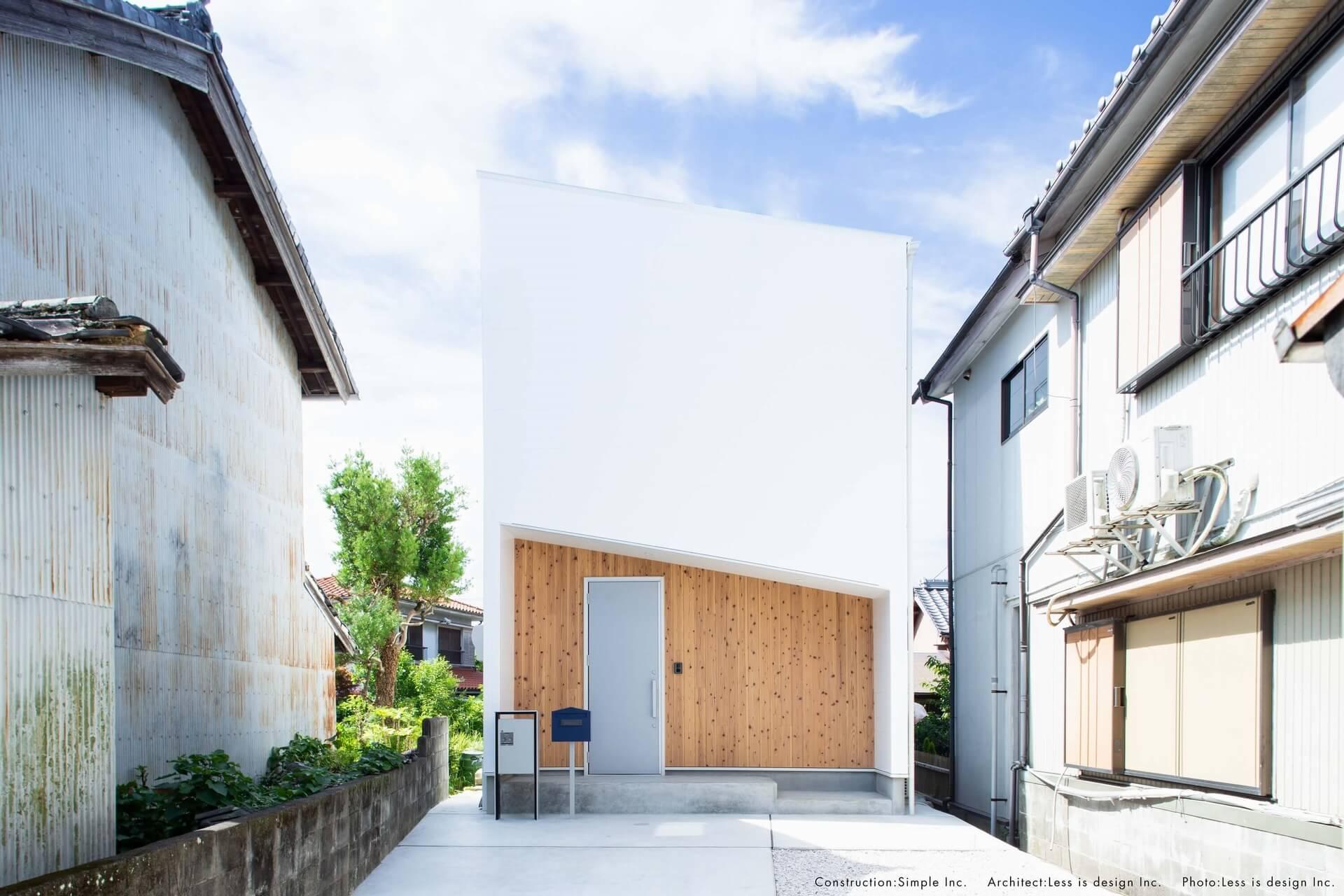 スライドショー用の白い外観の家02